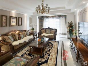 家具采用深色调,带有岁月沧桑的配饰,都散发着浓郁色彩美式风格的特征,在配饰上,选择的是古典的装饰吊灯,精致的油画等。